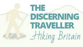 The Discerning Traveller logo